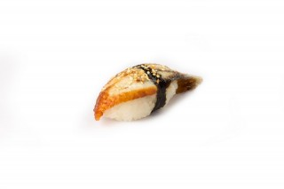 Суши с угрем